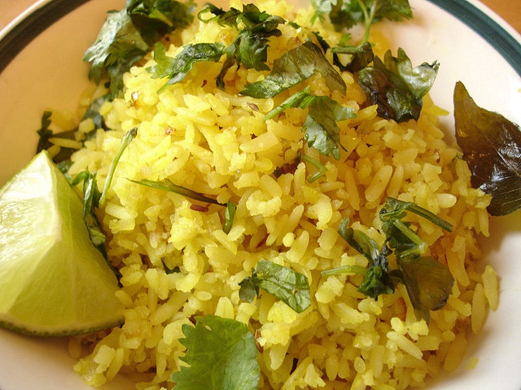 Poha,_a_snack_made_of_flattened_rice